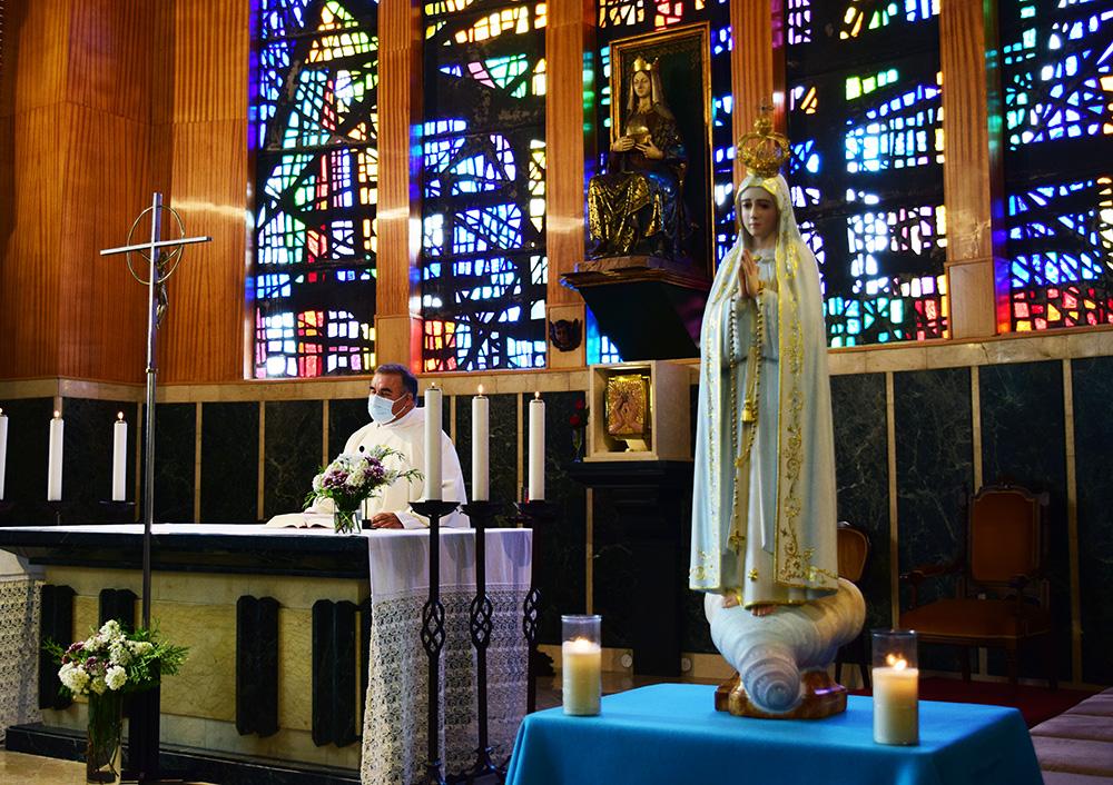 Eucaristía de fin de curso y ofrenda floral a la virgen